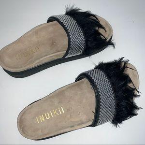Inuikii Black Feather Silver Stud Sandal